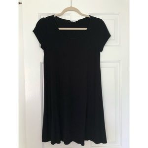 Black cotton shift dress!